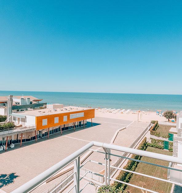 terrazza-mare-le-dune-silvi-marina-spiaggia