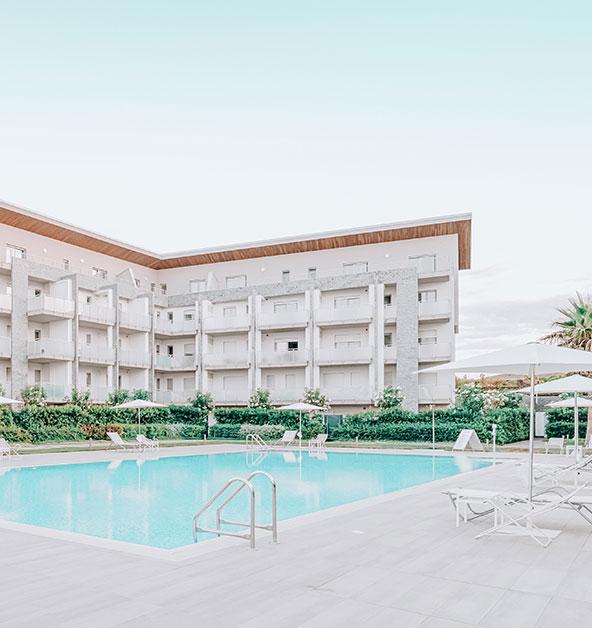 le-dune-silvi-marina-condominio-piscina-giardini